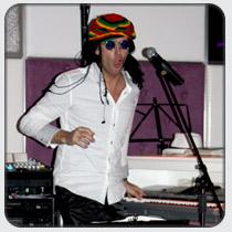 slideshow210x210-pianoshow-reggae.jpg